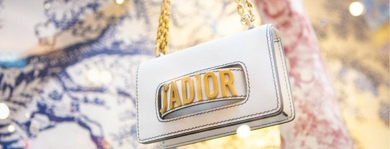 The Race For The New 'It Bag'! New Handbag Releases